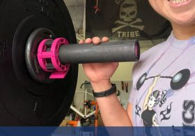 """My right arse was finally feeling normal-ish on Thursday, so I did this workout that involved this thing called a """"barbell"""" 🤪 Working (slowly) back to some weights. Also, showing off my @goruck Tribe flag!#crammingforcrossfit #frontsquats #wodproof #garagegym #baseperformance #michelobultra #teamultra #catalystathletics [instagram]"""