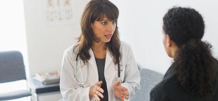 Чем опасен аднексит для женщины и как его лечить?