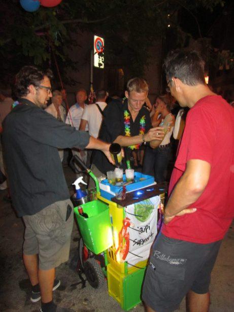 Die kleinste Bar am Stadtfest