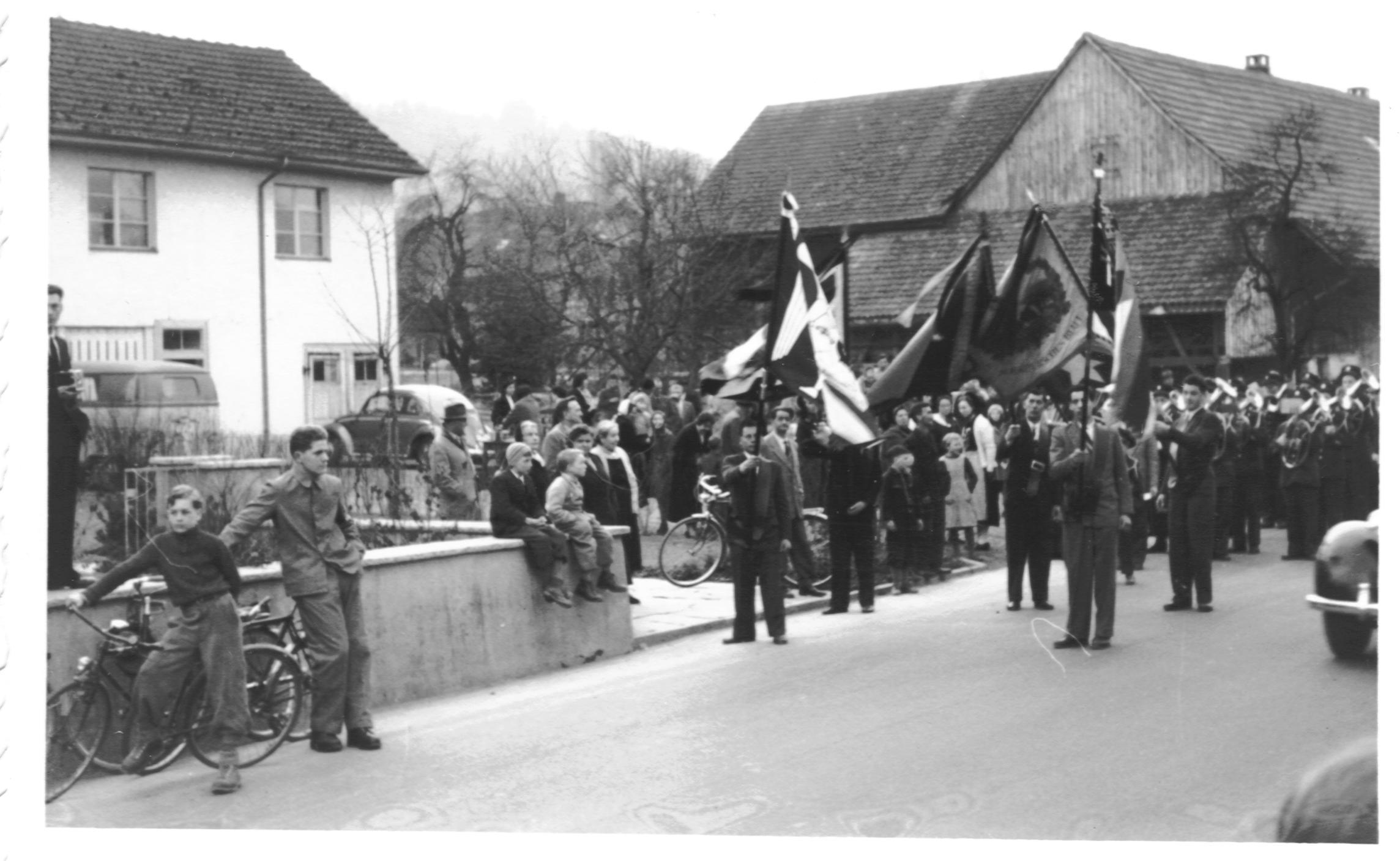 Glockeneinzug in Neuenhof