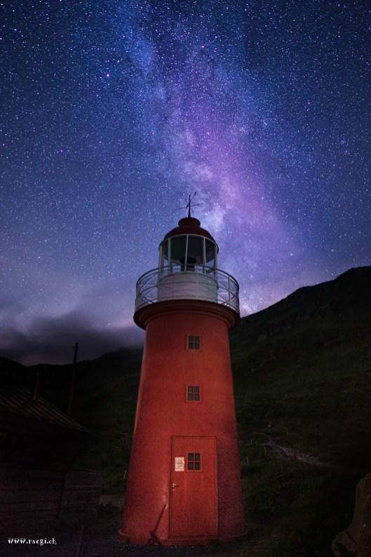 Leuchturm mit Milchstrasse