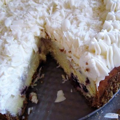 Recipe: Blueberry White Chocolate Cheesecake