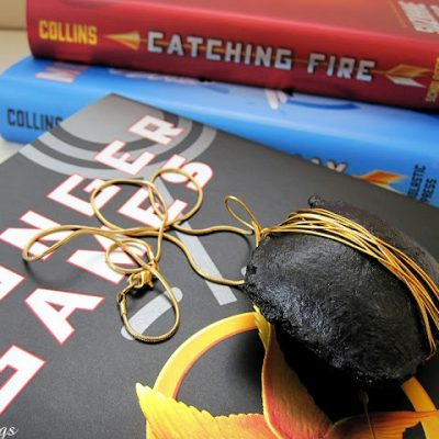 Tutorial: Hunger Games District 12 Coal Necklace (or key chain)