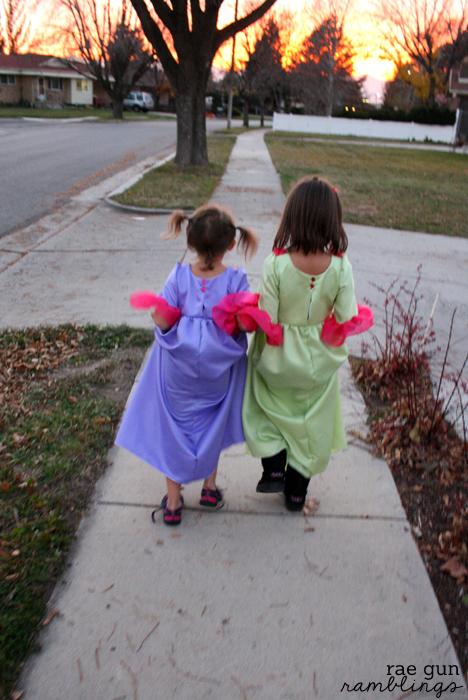 Great easy princess dresses at Rae Gun Ramblings