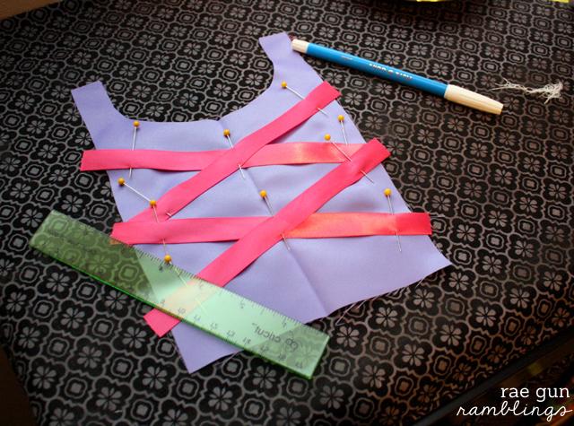 pseudo corset princess dress tutorial at Rae Gun Ramblings