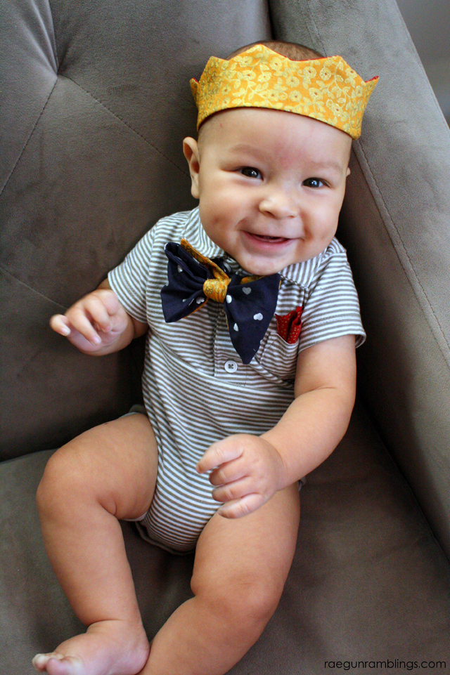 Free crown pattern and tutorial. Baby to adult - Rae Gun Ramblings