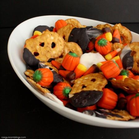 Halloween Munch Mix - Rae Gun Ramblings