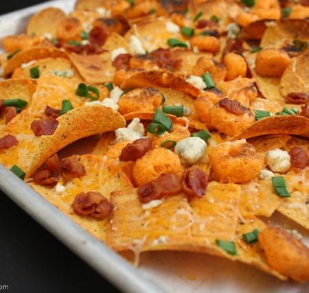 Quick and easy cheez-it nachos - Rae Gun Ramblings