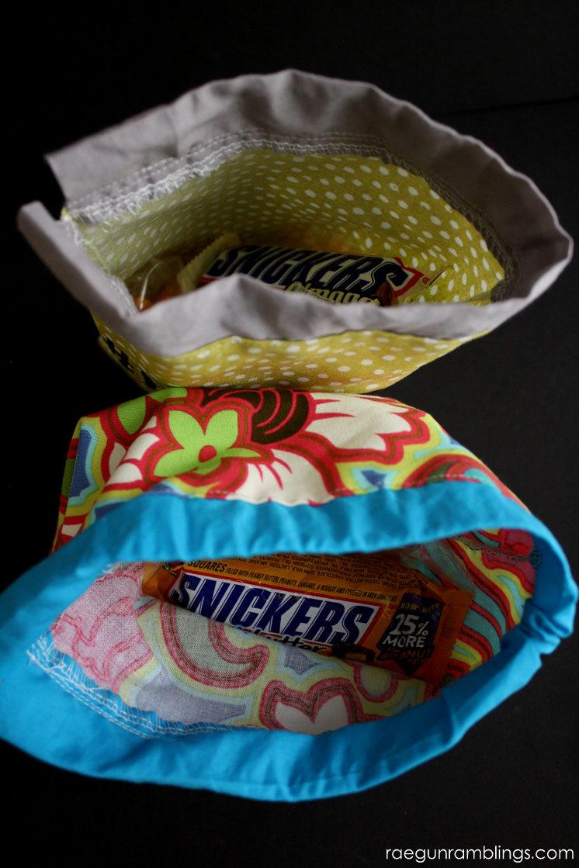 20 minute snack bag tutorials. Greatfabric scrap and beginner project