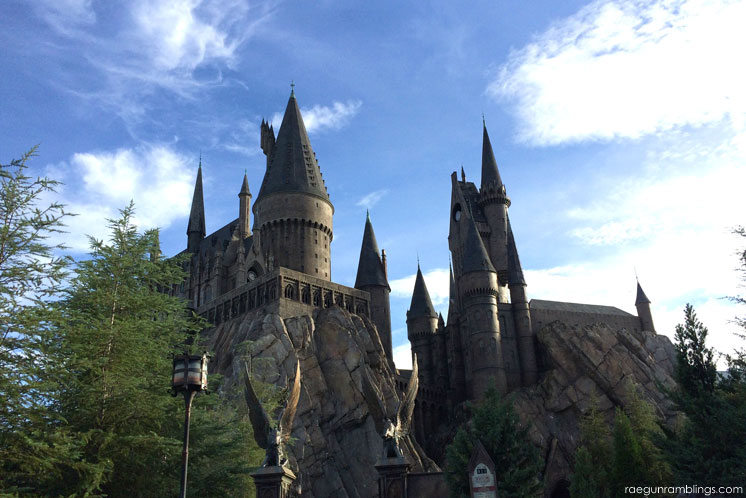 Hogwart's Castle and huge picture tour  love the detail of the wizarding world of harry potter