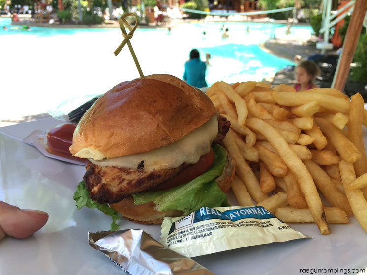 Must eat food when traveling to universal studios orlando