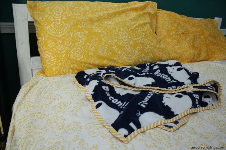 30 minute easy diy blanket tutorial