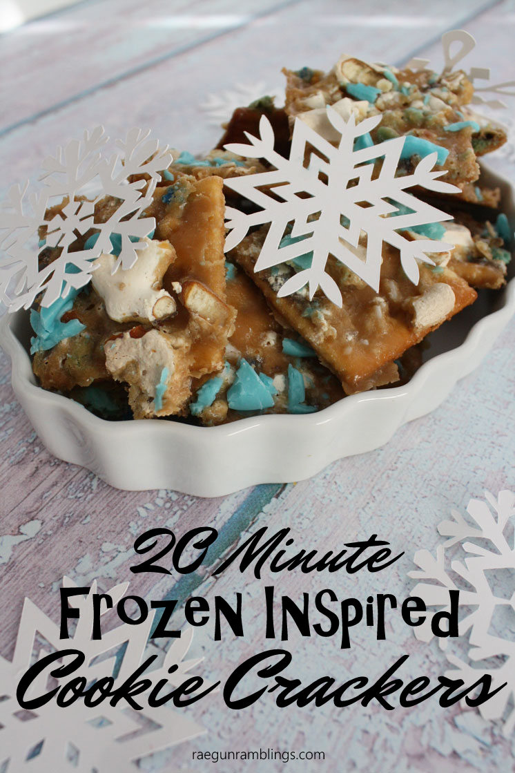 We love these easy 20 minute cookie crackers. Fun recipe to make with the kids