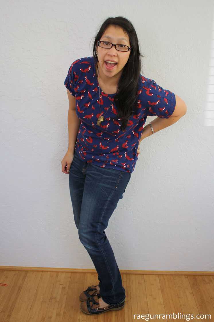 Cute and fast DIY dolman shirt. Sewing project for Sew Our Stash
