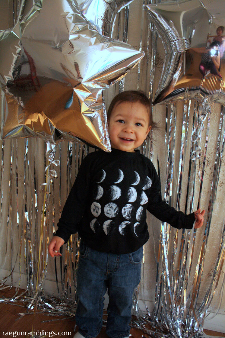 DIY Stages of the moon shirt. 30 minute tutorial