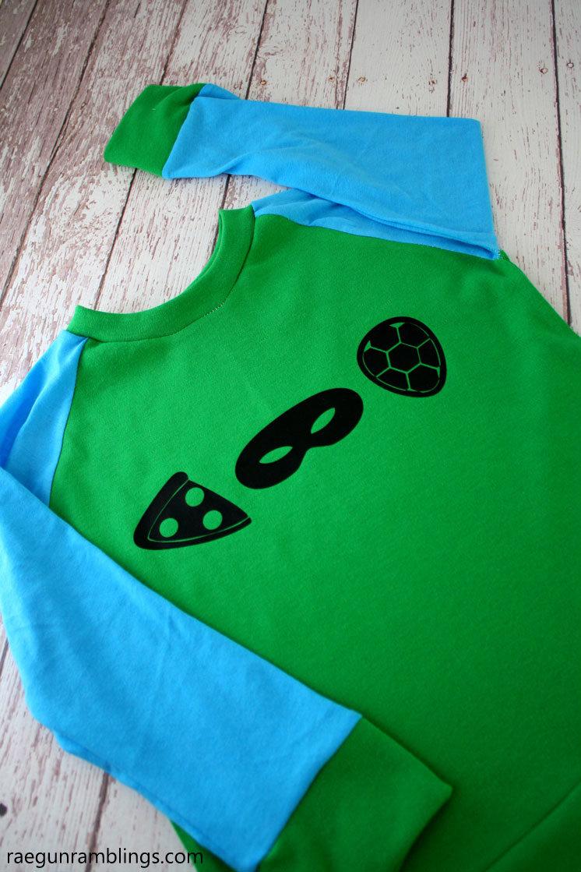 fun and easy TMNT shirt tutorial. Cute DIY teenage mutant ninja turtle shirt