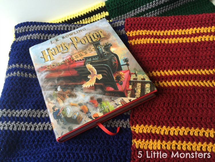 DIY Hogwarts Houses Blanket