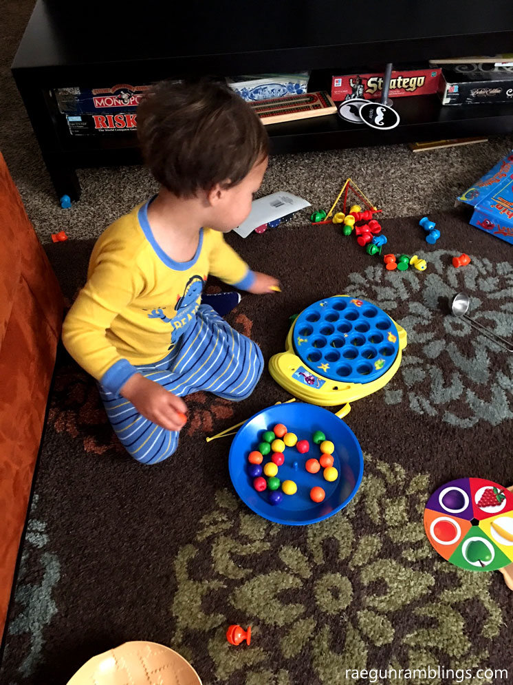 Great sorting toys and other gifts for toddlers. Kid gift guide.