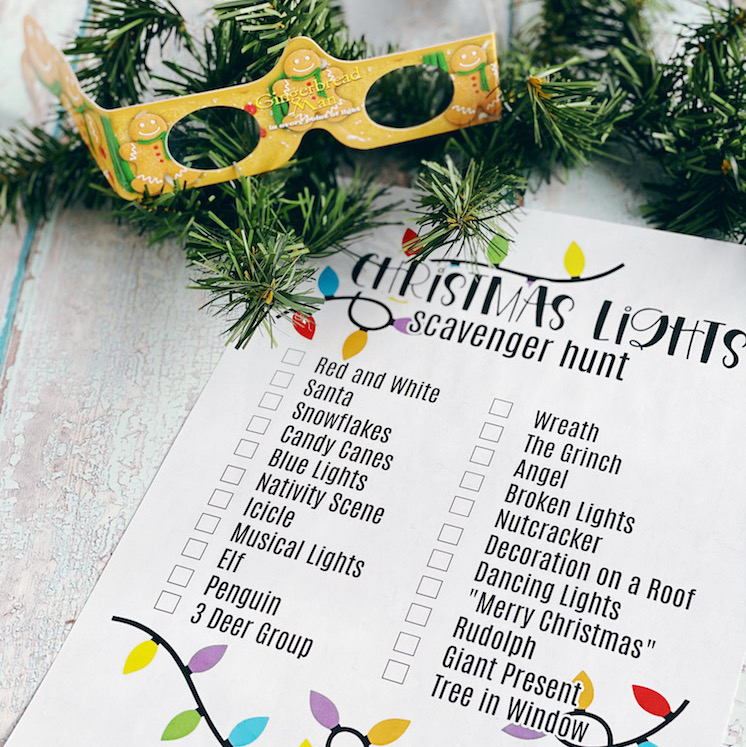 3D glasses and printed christmas scavenger hunt