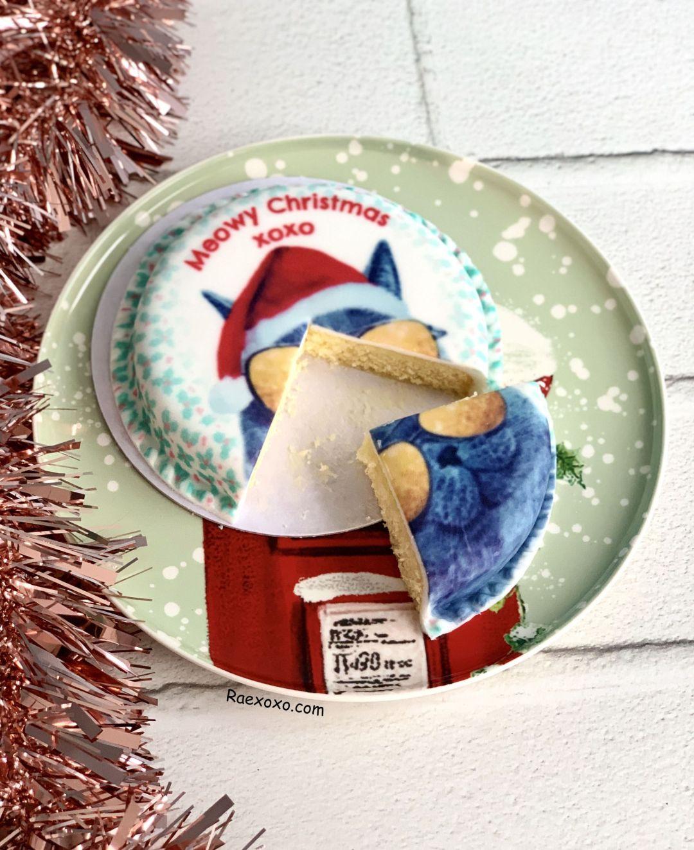 Bakerdays Meowy Christmas Cake