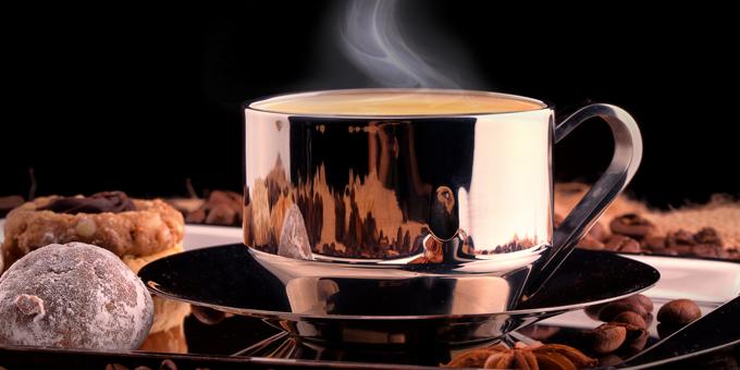 La caffeina uccide in modo silenzioso la nostra energia