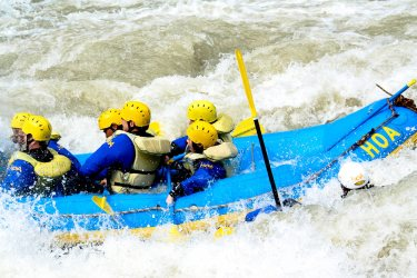 HOA_rafting_hokkaido_Mukawa_sarugawa_1000px-01