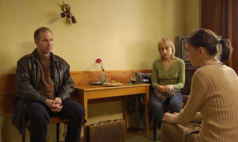 cele mai bune filme românești, 4 luni, 3 săptămâni și 2 zile (2007)