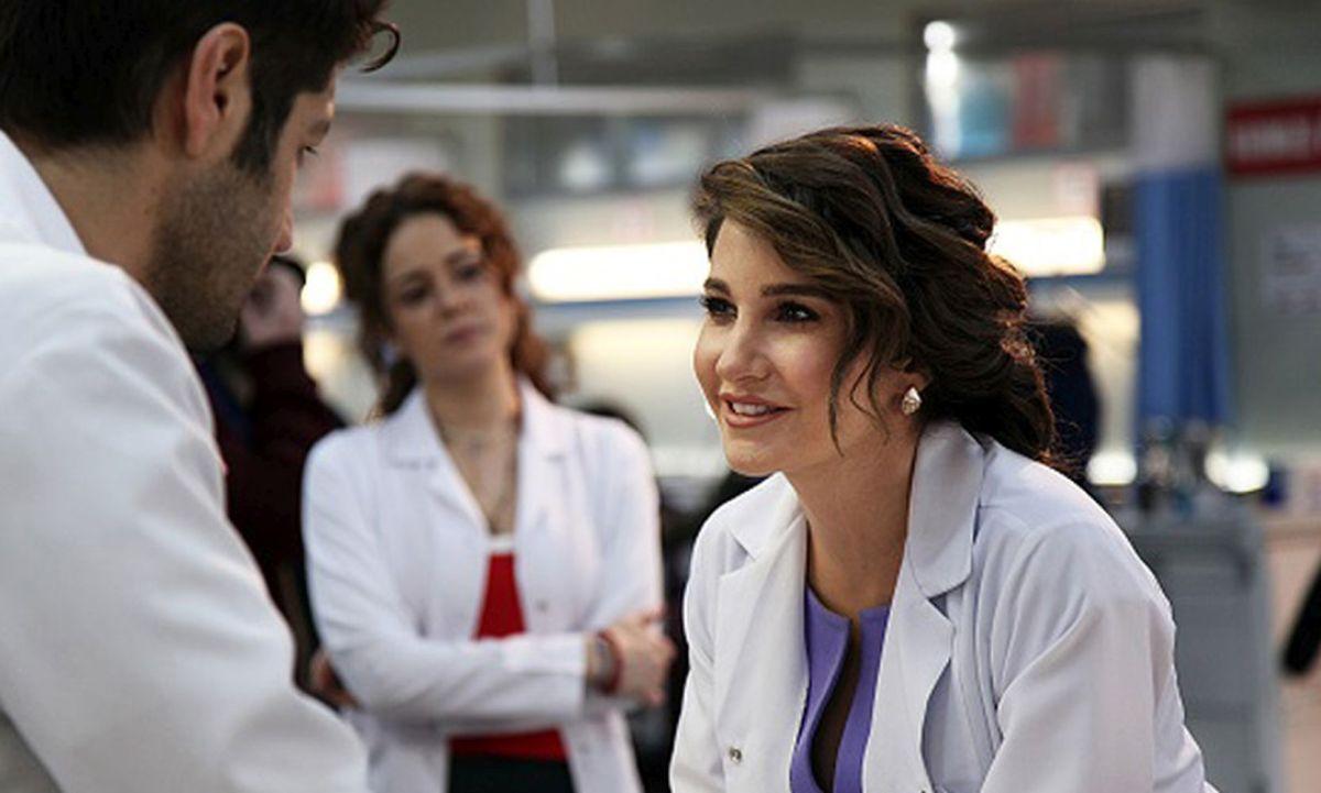"""Un nou serial turcesc pe postul AXN White: """"Dragoste la urgență"""""""