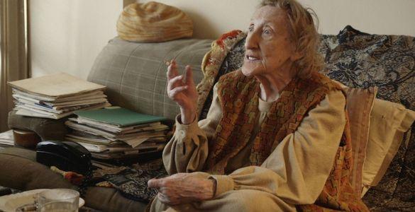 Distanța dintre mine și mine, documentare, documentare românești, filme românești