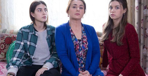 Fiicele doamnei Fazilet, seriale la TV, seriale turcești, PRO 2, seriale pe PRO 2