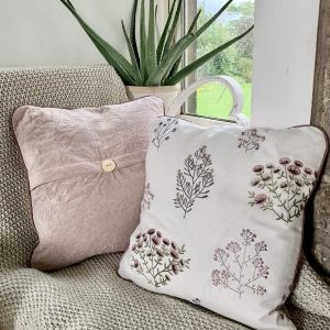 Ragdoll Home Floral Piped With Button Cushion – Blush/Damson With Crushed Blush Back