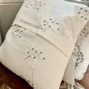 Ragdoll Home Cowslip Cushion – Natural