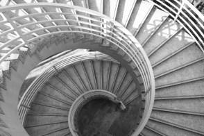 spiral staircase descent hong kong