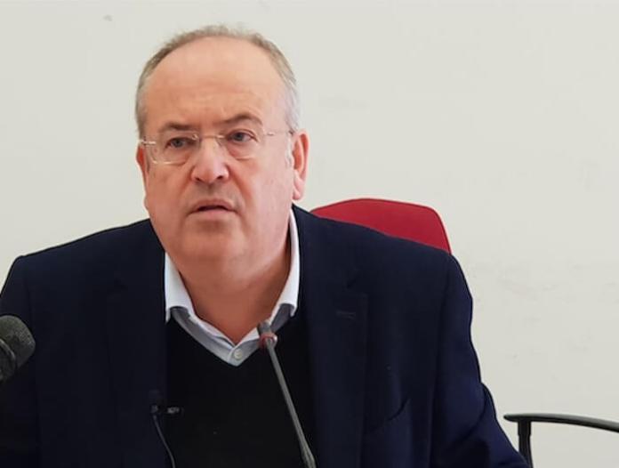 sindaco-di-brindisi-azzera-la-giunta-comunale