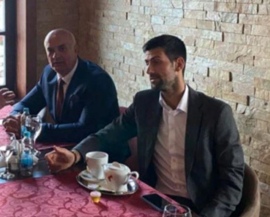 tennis,-djokovic-'beccato'-con-un-ex-comandante-che-partecipo-al-genocidio-di-srebrenica