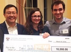 Kwon and Collaborators Win New Venture Award