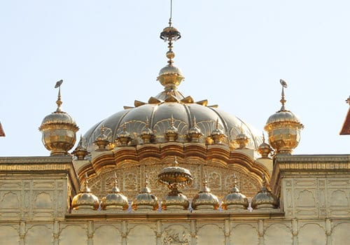 Gurudwara-singing-Rahi-Bains
