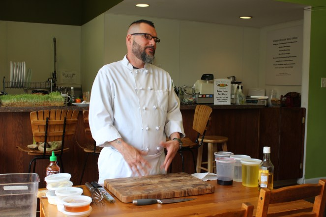 Chef Enrique Pérez from Elijah's Promise, giving an introduction to the Common Ground workshop series.