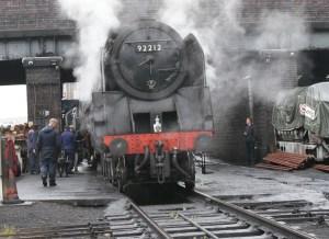 Do line side photographers make a contribution to Heritage Railway?