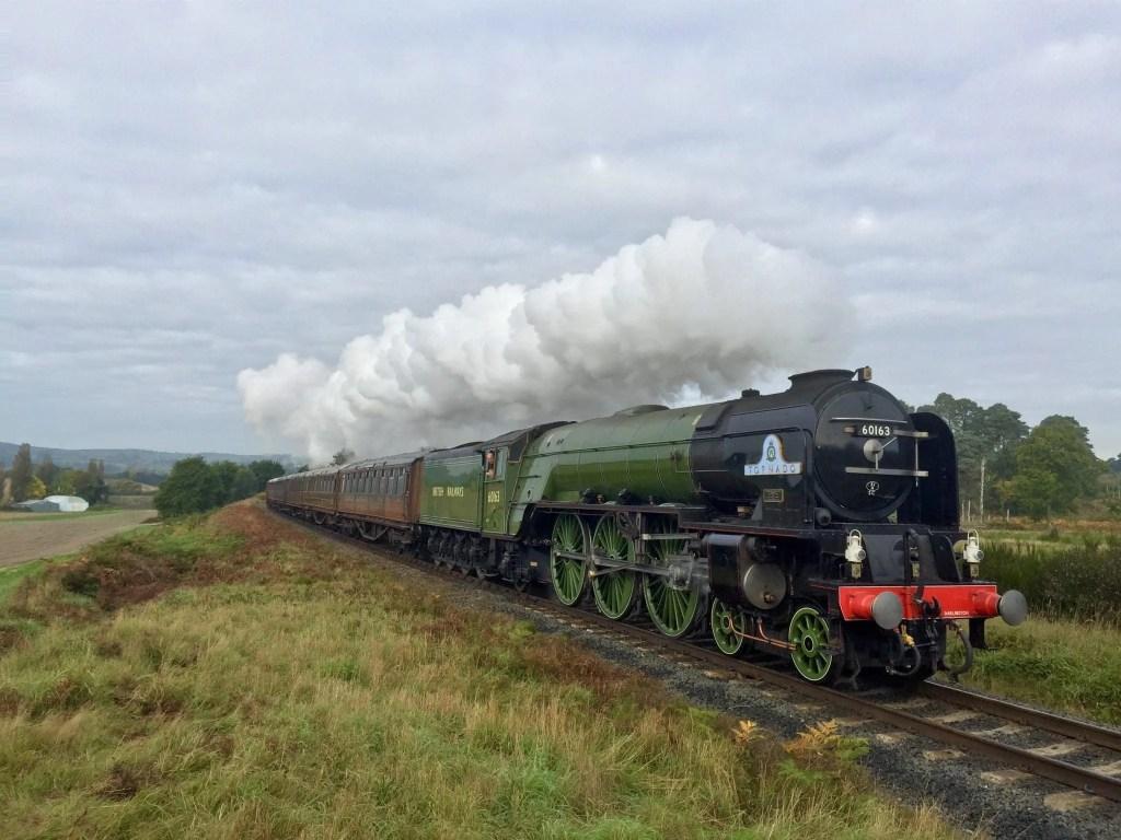 Tornado steam train - Tornado 60163