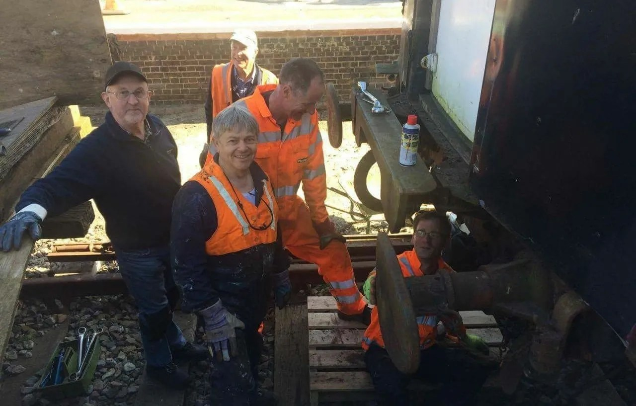 railway carriage restoration team at Shillingtone Station