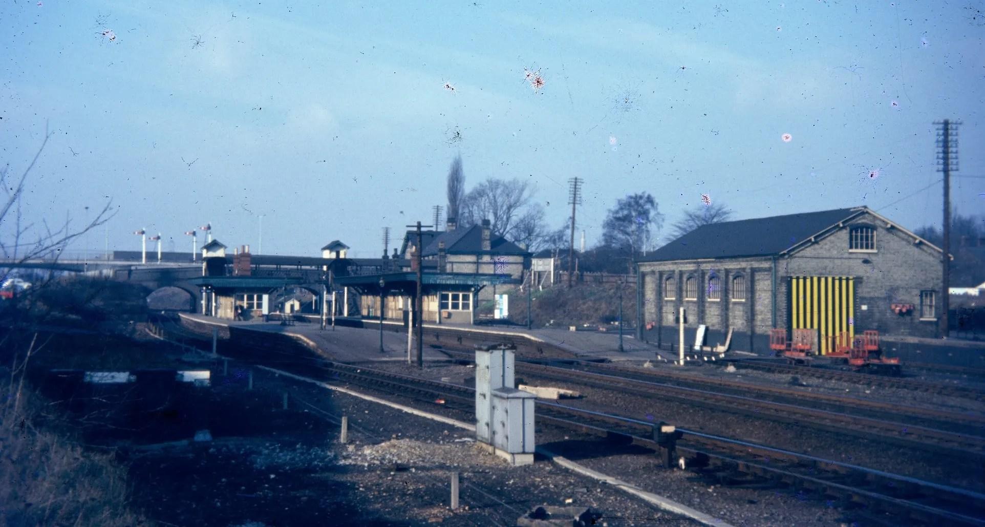 Old railway photo of Stevenage Railway Station
