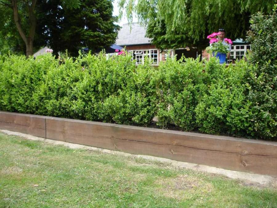 Raised Garden Border Edging Ideas