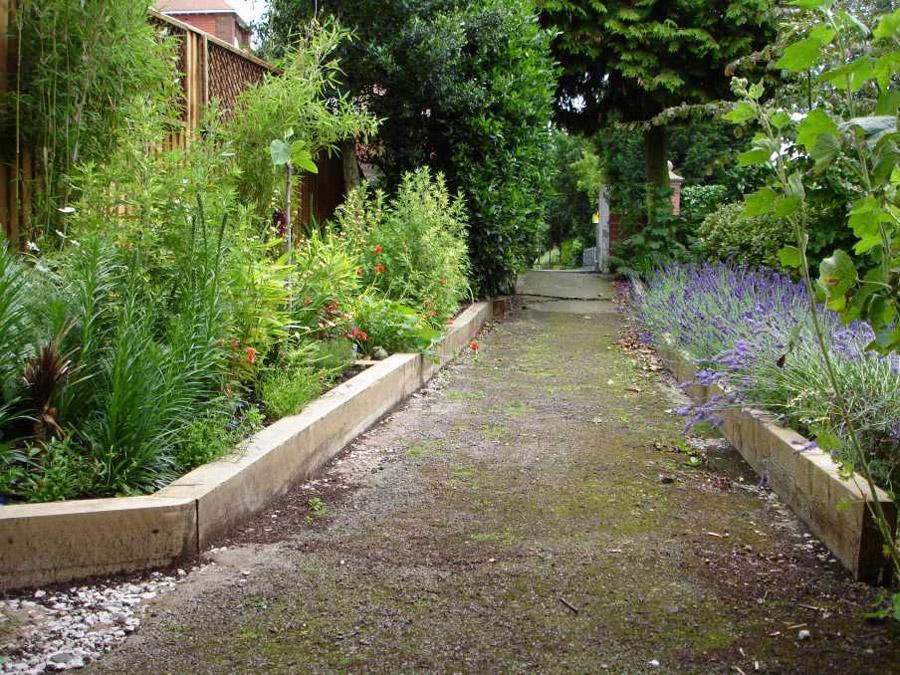 How Build Raised Garden Sleepers
