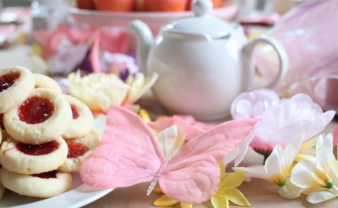 A Fancy Tea Party  DIY budget friendly parties for kids  – Rain and Pine 2ad36d8f27aa