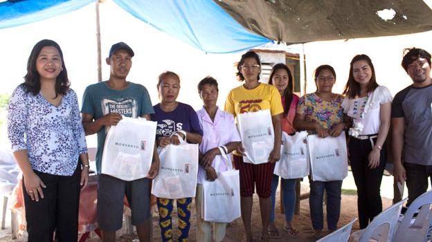 Monsanto Philippines Donates Planting Materials to GK Village in Iloilo