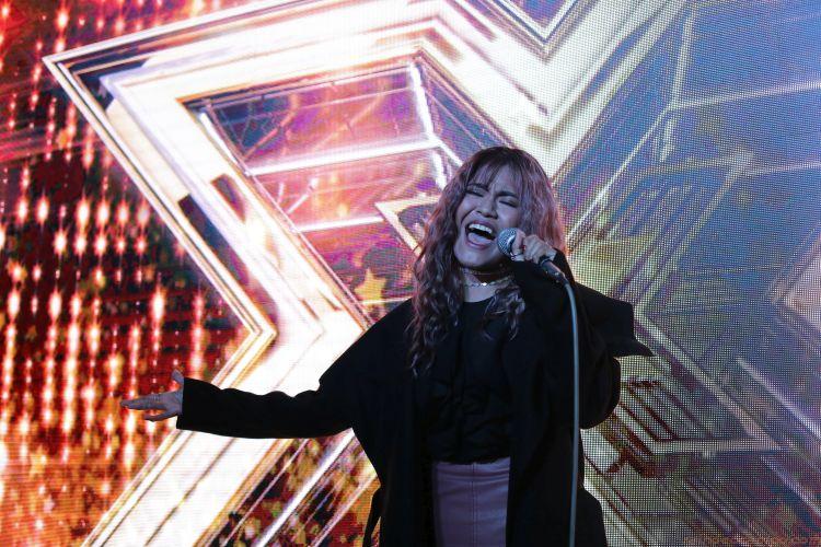 HOMECOMING   X Factor UK Filipino Powerhouse Singer Maria