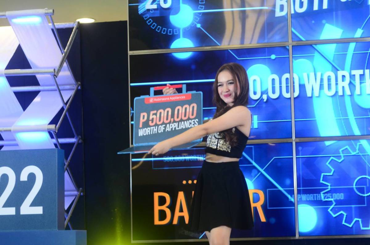 4 Lucky Shoppers Wins Over 700,000 Pesos Worth at Robinsons Appliances
