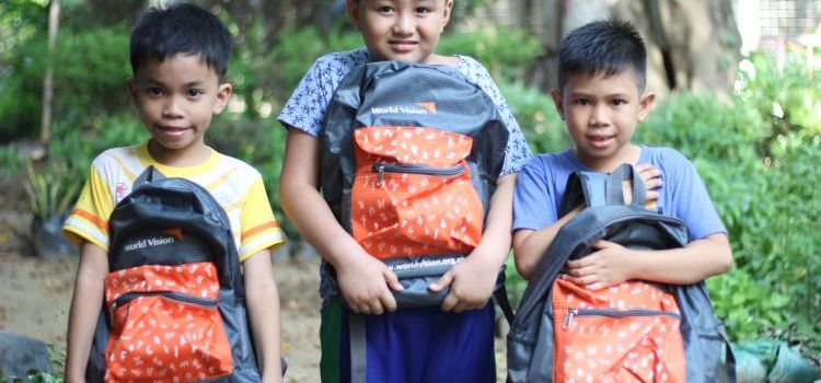 World Vision Ambassador Jasmine Curtis Smith and Others, Facilitates Back-To-School Campaign