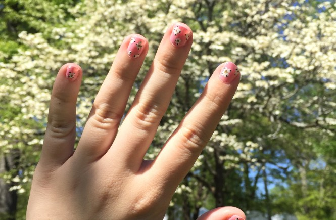 Easy Dogwood Nail Art | Raine In The Ctiy